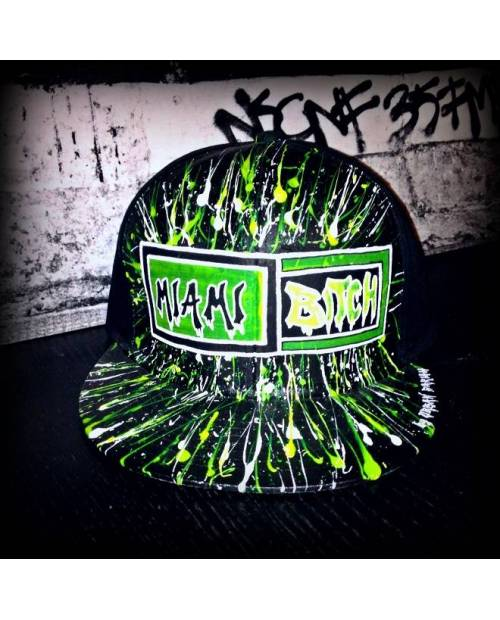 Modele Casquette Miami Bitch